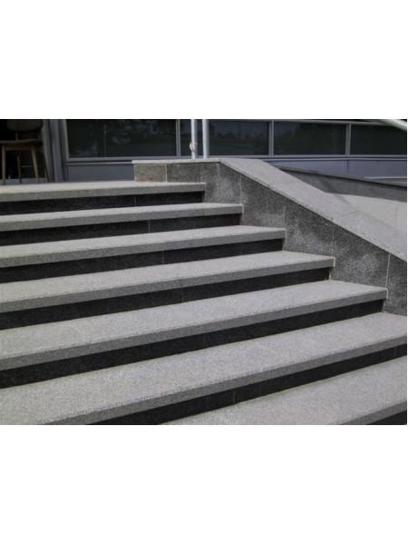 Гранитные ступени
