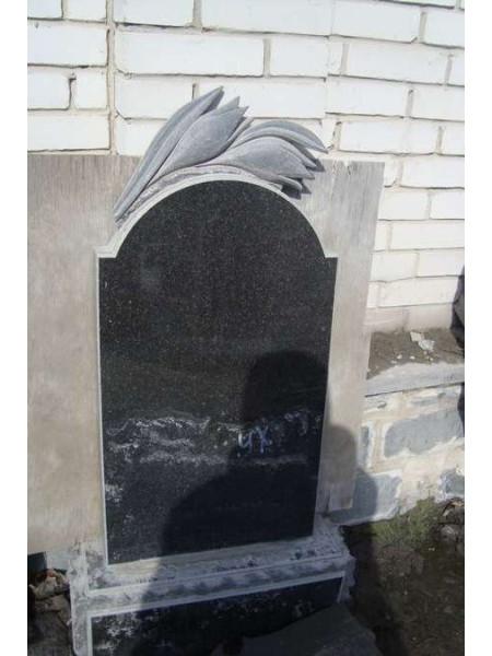 Памятники Иванков